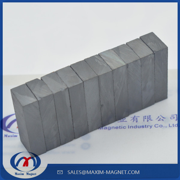 铁氧体方块磁铁